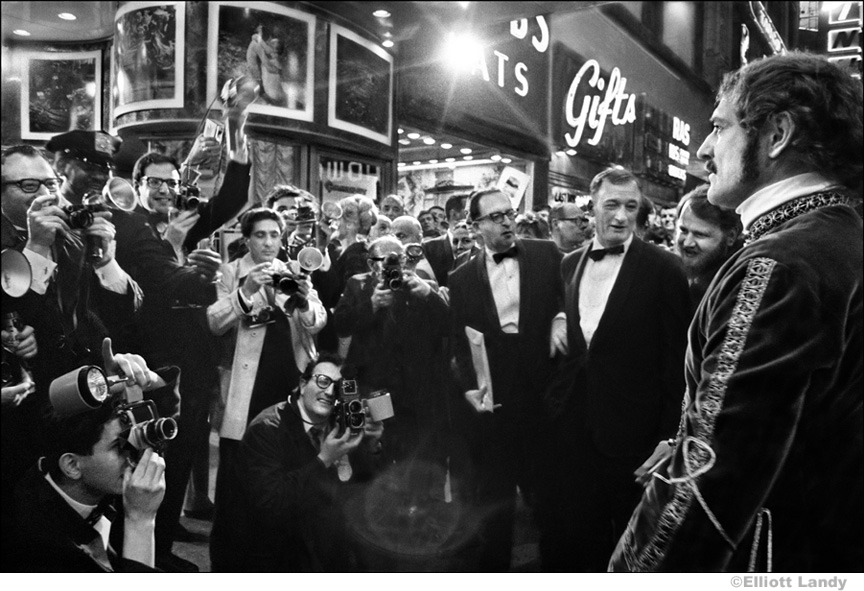 047 Richard Harris, opening night of Camelot, NYC, 1968