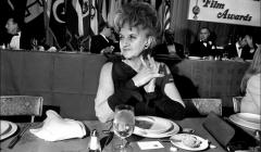 021 Hermione Gingold, International Film Awards ceremony, NYC, 1968