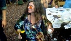 400 Janis Joplin in the performer's pavilion, Woodstock Festival 1969, NY